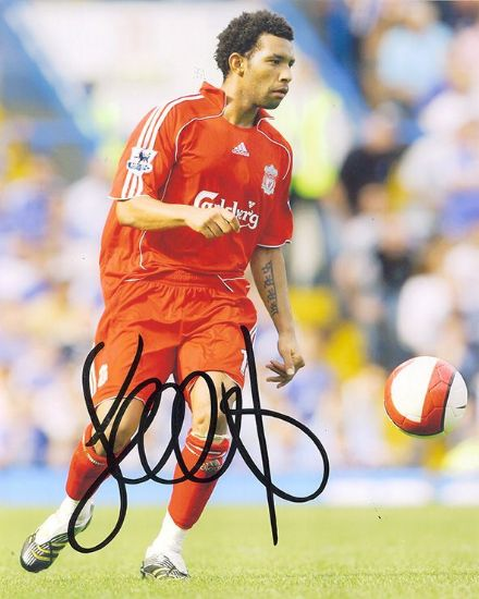 Jermaine Pennant, Liverpool, signed 10x8 inch photo.